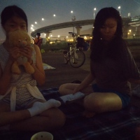 Escaping with my sister to Han River at night!
